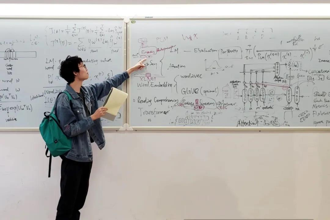 people-of-uic-meet-zheng-hao-diving-into-ai-study